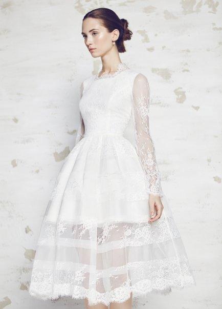 Suknia ślubna Bizuu, 3900 zł