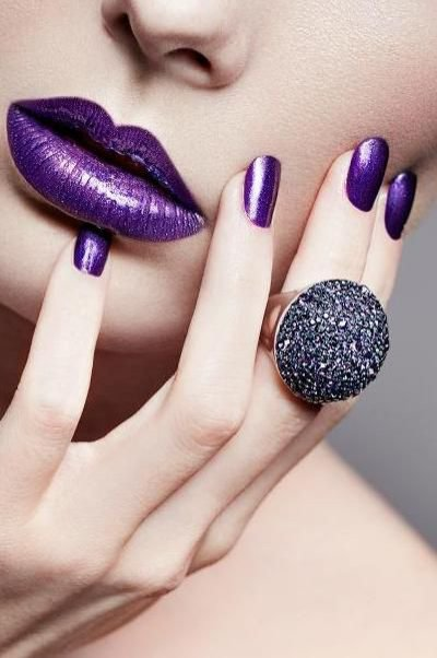 Ultra violet - usta i paznokcie