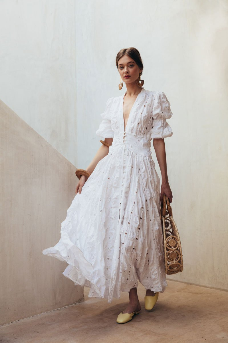 Biała zwiewna sukienka Cult Gaia (658 eu)