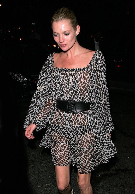 Kate Moss - cętkowana sukienka z szyfonu