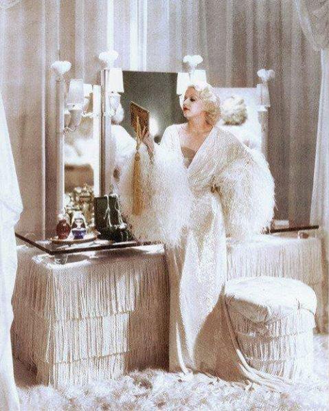 Elementy stylu glamour w XX wieku