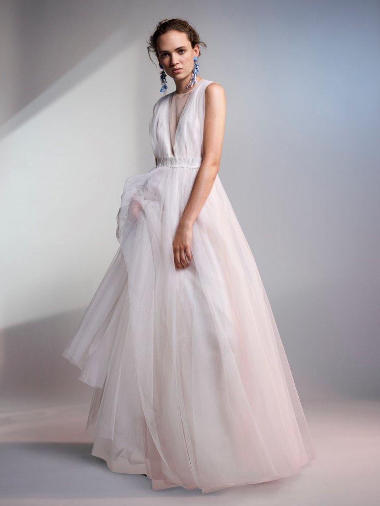 Suknia ślubna H&M Conscious Exclusive (999 zł)