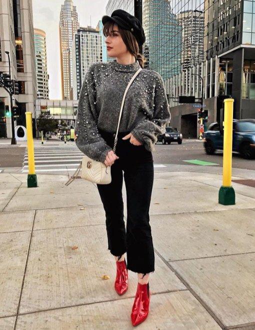 Stylizacja z Instagrama: szary sweter z perłami