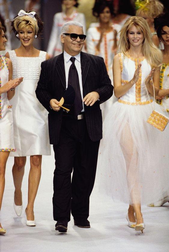 Karl Lagerfeld - pokaz mody Chanel (1996)