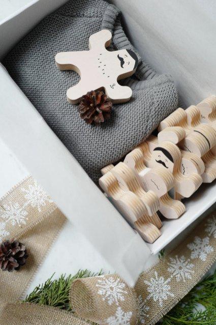Zestaw świąteczny ze sweterkiem Roe&Joe, 259 zł