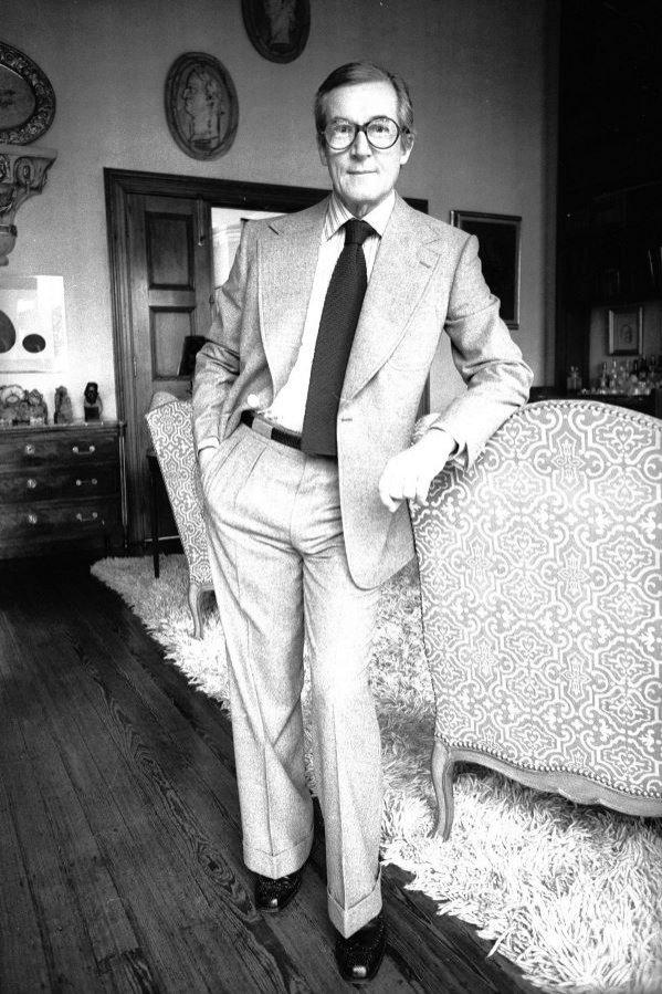Sir Hardy Amies uhonorowany 1989 roku