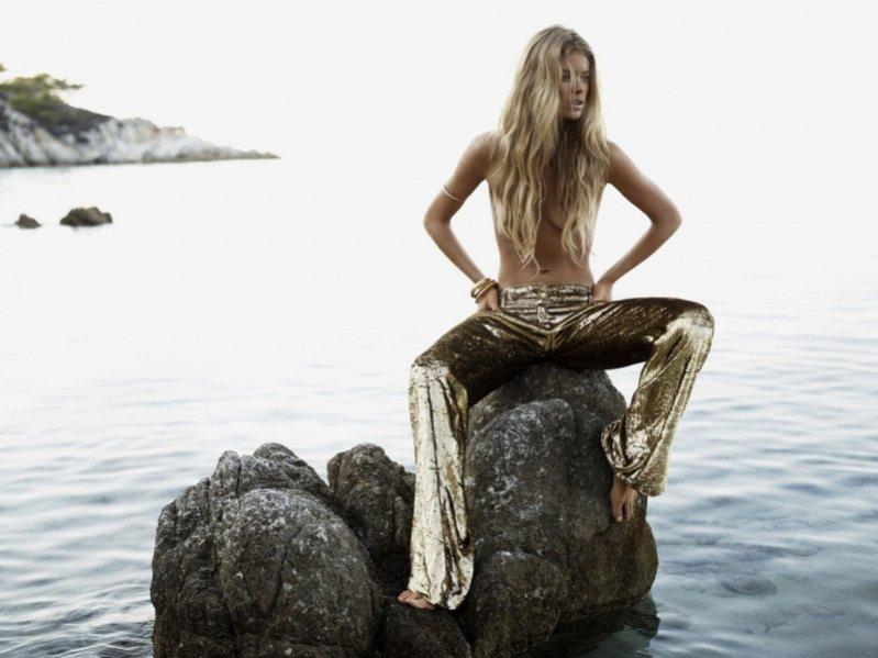 Doutzen Kroes w sesji dla styczniowego Vogue UK
