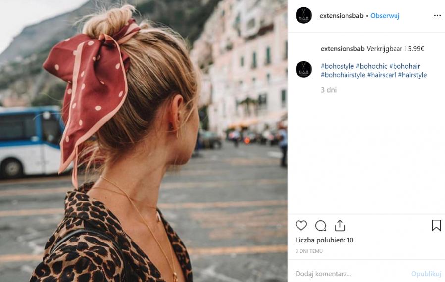 Kok z chustą - fryzury w stylu boho, wiosna lato 2019