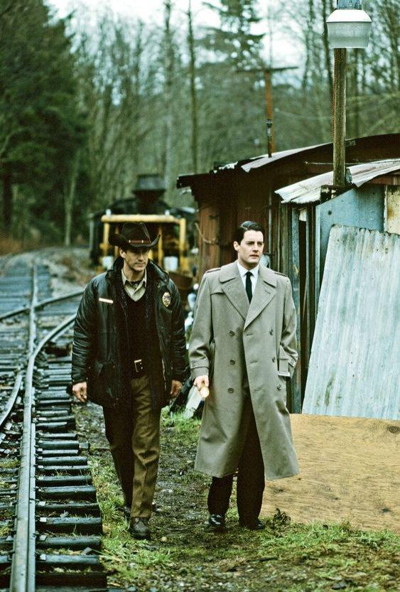 Bohaterowie serialu Twin Peaks - kostiumy (1)