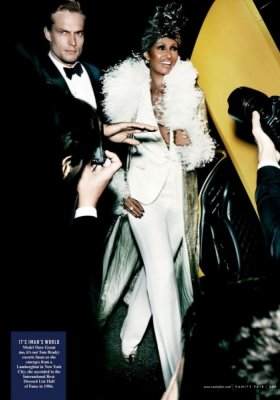 """A BLAST OF THE BEST"" – SESJA MARIO TESTINO DLA VANITY FAIR"