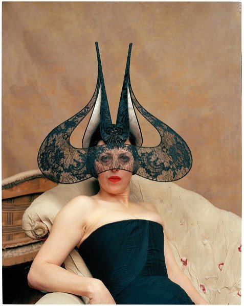 Isabella Blow, 2002