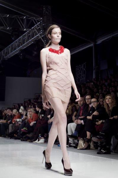 Pokaz kolekcji Agnieszki Maciejak na sezon wiosna lato 2012 podczas Poland Fashion Week