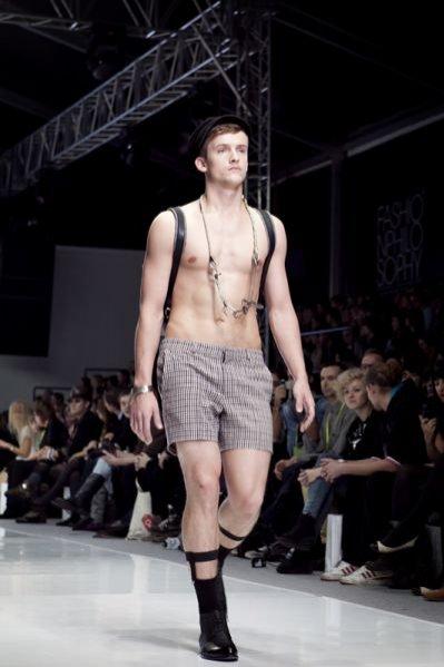 Pokaz kolekcji Polygon na sezon wiosna lato 2012 podczas Fashion Week Poland