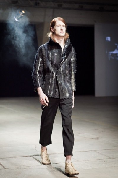 Fashion Week Poland 2012 - pokaz kolekcji Pauliny Plizgi na sezon jesień zima 2012