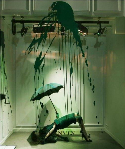 """instalacja """"Splash"""" w witrynach butiku Lanvin"""