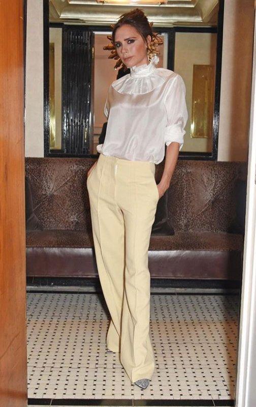 Stylizacja power dressing - Victoria Beckham