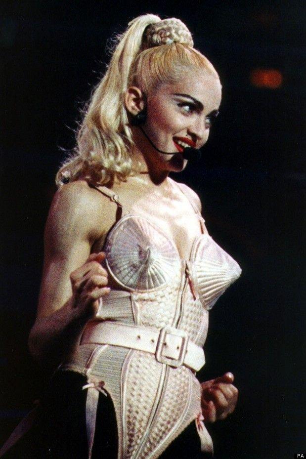 Madonna - stylizacje gwiazdy (projekt Jean-Paul Gaultier)