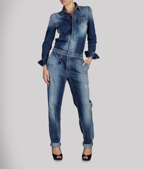 Rihanna dla Armani Jeans