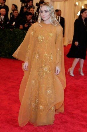 Ashley Olsen/ Zoom na styl - bliźniaczki Olsen