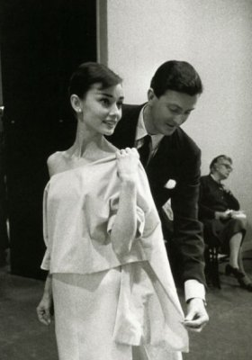 CO WNIÓSŁ DO MODY HUBERT DE GIVENCHY?