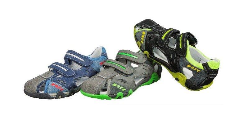 Sandały chłopięce w rozmiarach 26-38, 199,90PLN