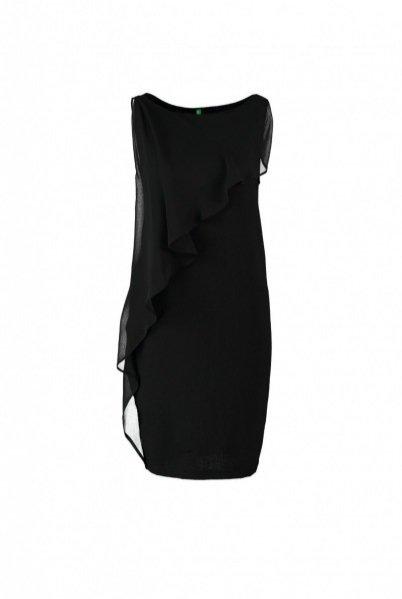 1. Sukienka Benetton, ok. 269PLN