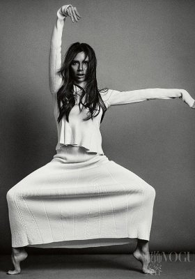 VICTORIA BECKHAM W VOGUE CHINA MAJ 2016