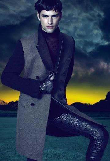 Sean O'Pry w kampanii Versace and Versace Eyewear jesień zima 2011
