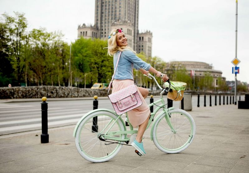 What Anna Wears w stylu cycle chic