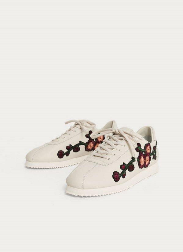 Skórzane buty sportowe z haftem, Uterque, 295 pln