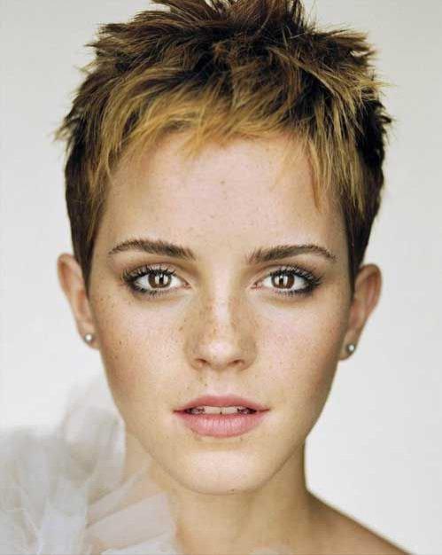 Emma Watson - pixie cut