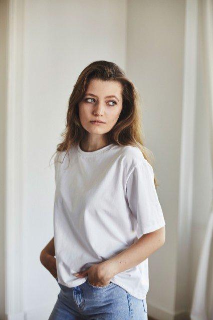 Biały t-shirt z ekologicznej certyfikowanej bawełny, GAU Brand, 139 zł