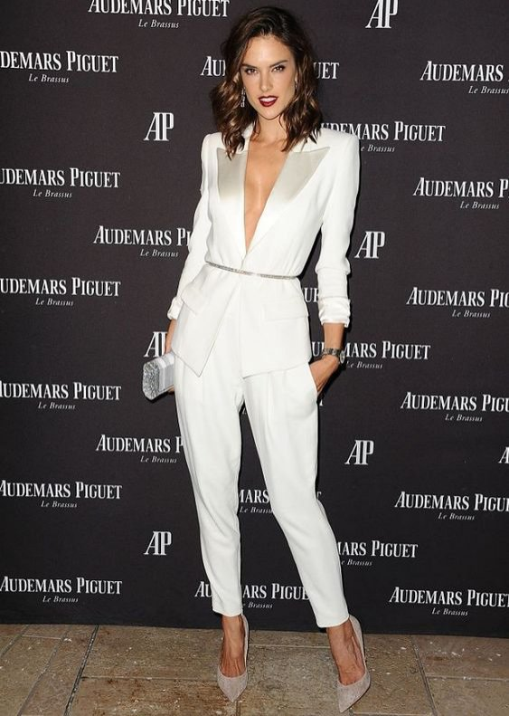 Damski garnitur: Alessandra Ambrosio