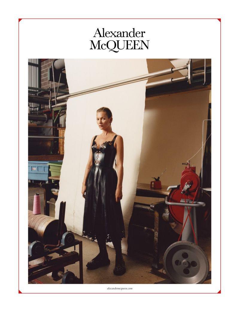Alexander McQueen - kampania z Kate Moss jesień zima 2019/20