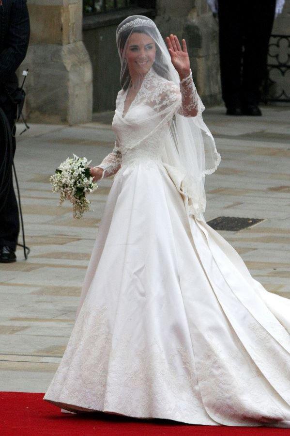 Alexander McQueen - suknia ślubna Kate Middleton