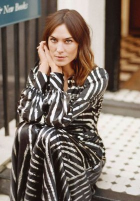 ALEXA CHUNG - DEBIUT KOLEKCJI BRYTYJSKIEJ IT GIRL NA LONDON FASHION WEEK