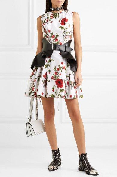 Mini kwiecista sukienka, Alexander McQueen/Net-a-Porter, 1000 eur
