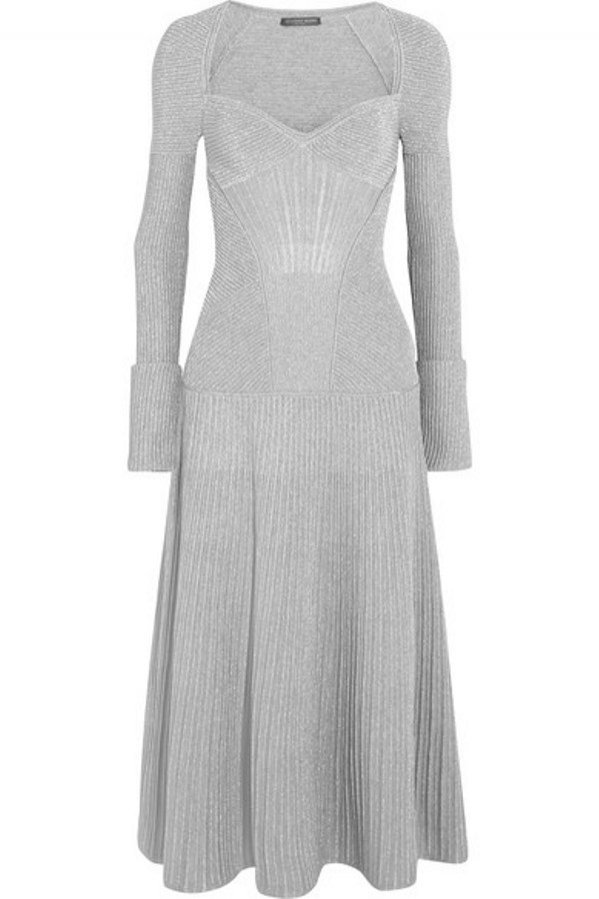 Sukienki na wieczór panieński, Alexander McQeen 2145 funtow