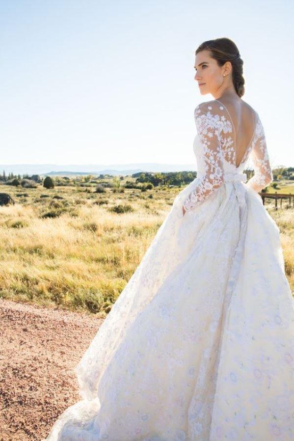 Allison Williams wyszła w 2015 roku za Ricky'ego van Veen'a w szytej na zamówienie sukni Oscar de la Renta