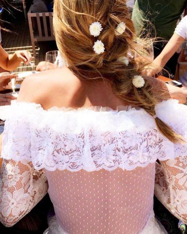 Fryzury ślubne gwiazd: Ana Beatriz Barros - kwiatowy warkocz
