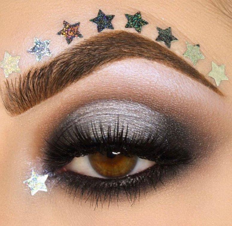 Makijaż oczu - trendy na karnawał
