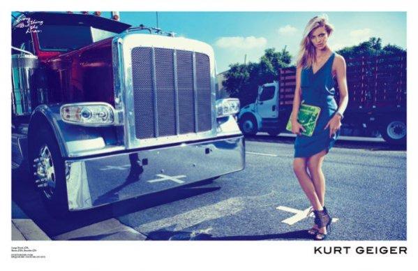 Anja Rubik w kampanii Kurt Geiger na sezon wiosna lato 2012