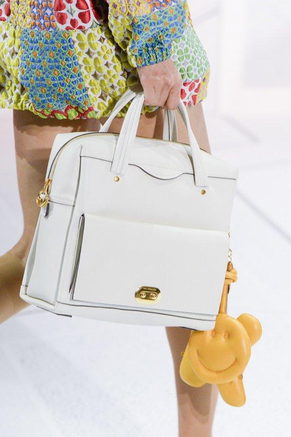 Biała torebka Anya Hindmarch
