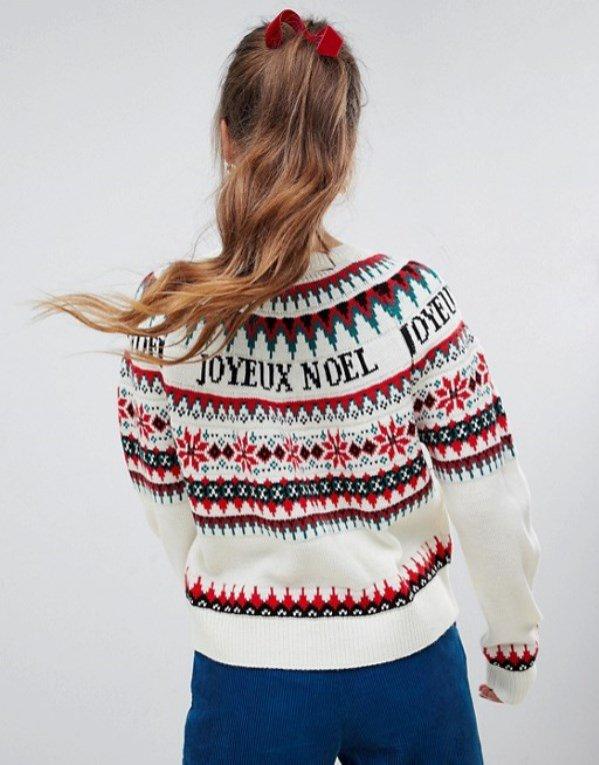 Świąteczny sweter z napisami, Asos, 56 dolarów