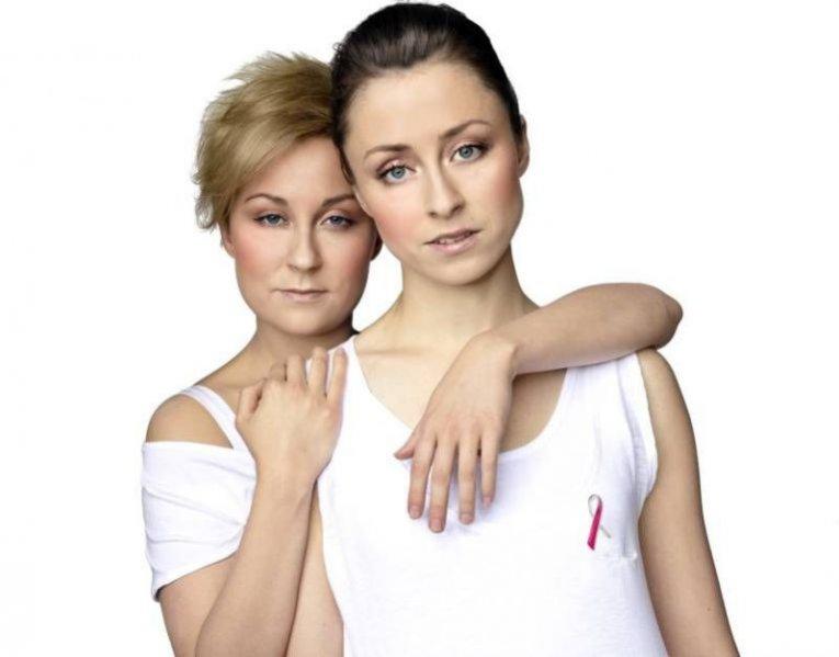 Paulina i Natalia Przybysz wspierają Marsz Różowej Wstążki