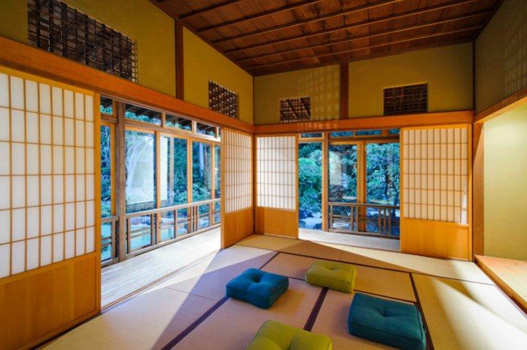 Hotel Azuma Architects' Hoshinoya w Tokyo - wnętrze