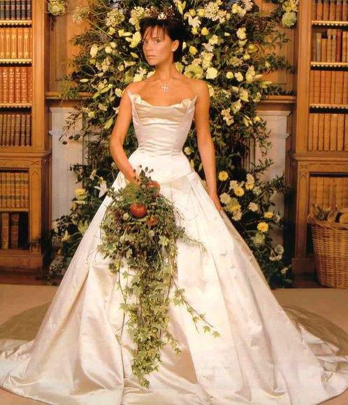 Najdroższe suknie ślubne wszechczasów - Victoria Beckham w kreacji Vera Wang