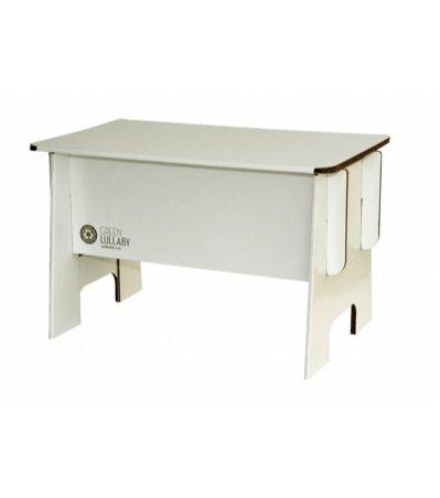 Tekturowy stół do dziecięcego pokoju marki Lullaby