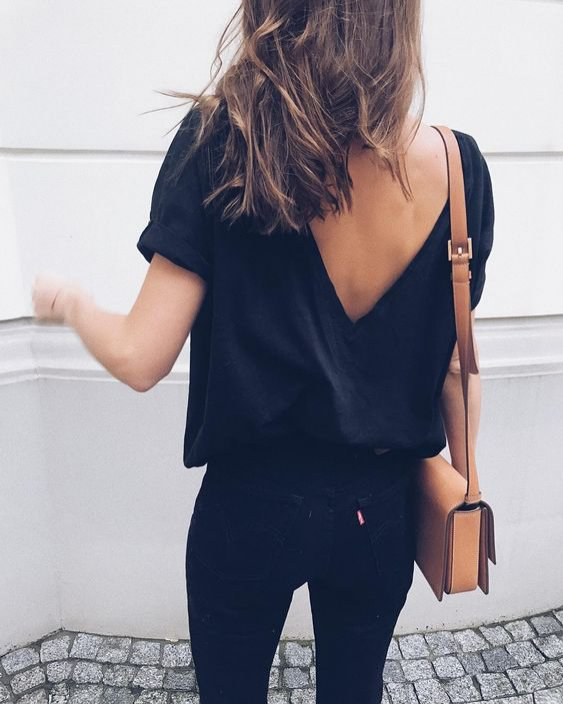 Bluzki z dekoltem na plecach The Odder Side - moda 2018