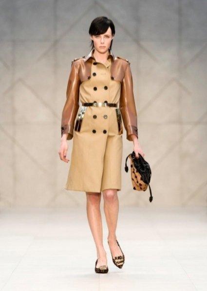 Pokaz damskiej kolekcji Burberry Prorsum jesień zima 2013/14
